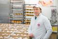 Кондитеры приготовили рекордное количество масленичных булочек - 301 000 штук.