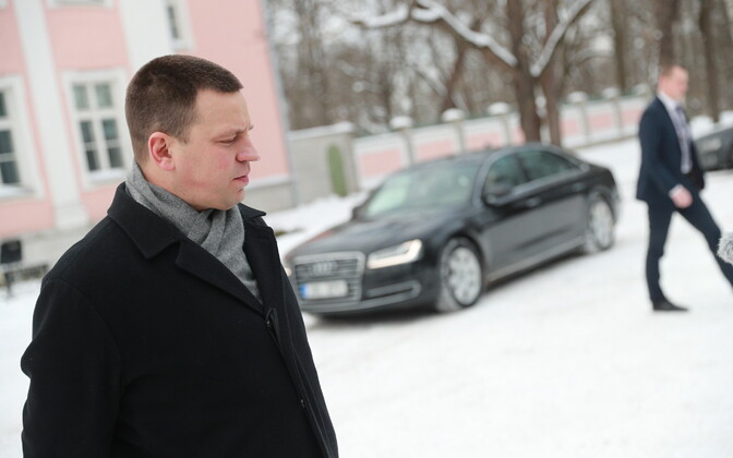 Outgoing Prime Minister Jüri Ratas (Centre) following his meeting on Wednesday with President Kersti Kaljulaid. 6 March 2019.