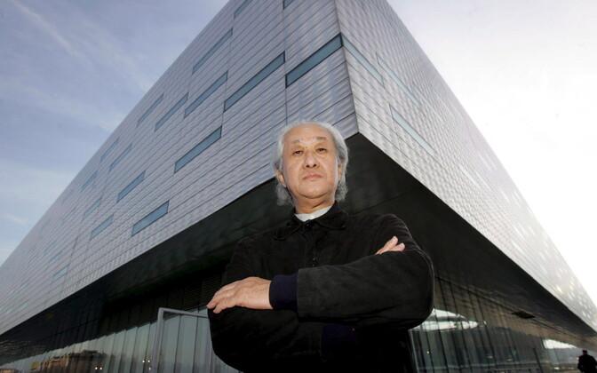Архитектор из Японии Арате Исодзаки.