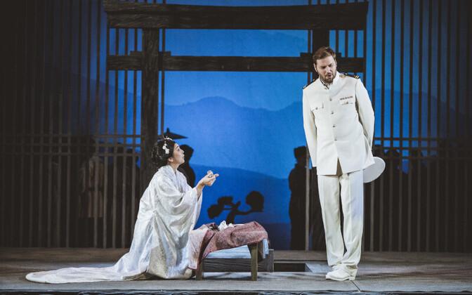Madama Butterfly (Hiromi Omura) ja Pinkerton (Rafal Bartminski).