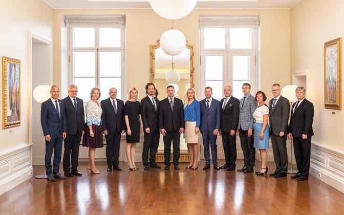 В правительстве Юри Ратаса пять министров-женщин.