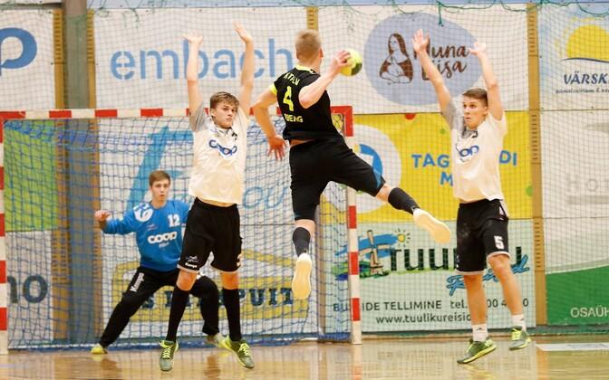 HC Tallinna Robin Oberg (viskel) saatis võidumängus Põlva Coopi võrku üheksa palli.