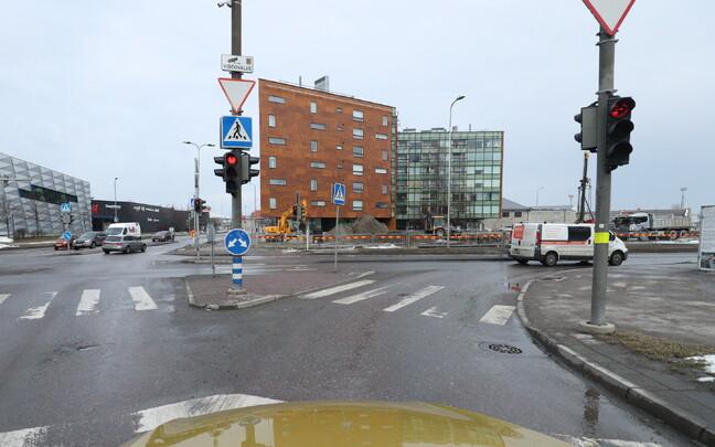 Перекресток улиц Ахтри, Лоотси и Йыэ