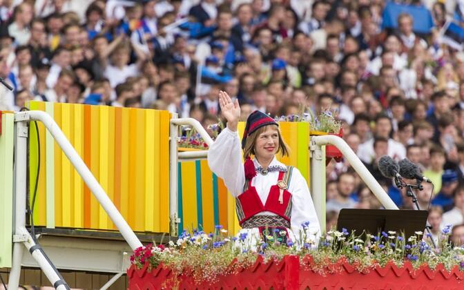 Керсти Кальюлайд на молодежном празднике песни