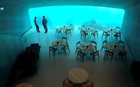 Ресторан под водой в Норвегии.