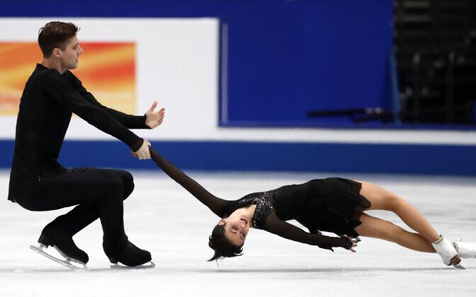 Eestit päris iluuisutaja Natalia Zabijako ja tema paariline Aleksandr Enbert