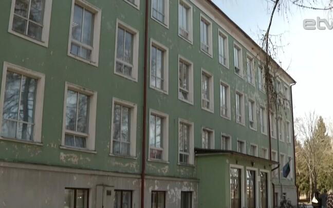 Жители Калласте и Колькья отстояли свои школы.