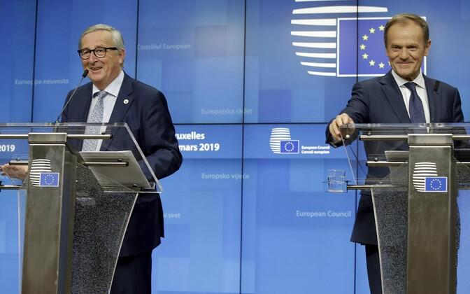 Euroopa Komisjoni president Jean-Claude Juncker ja  Euroopa Ülemkogu eesistuja Donald Tusk.