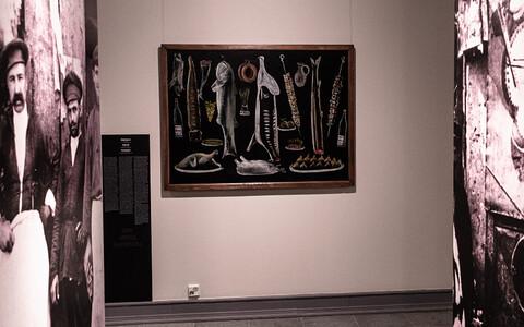 Картины Пиросмани выделяются стилем и техникой исполнения, они пленяют зрителя своей искренностью, многозначительностью и глубиной, кроющимися за кажущейся простотой.