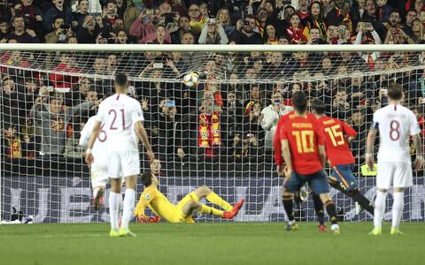 Jalgpalli EM-valikmäng: Hispaania - Norra