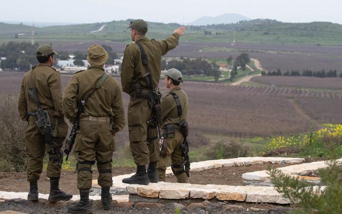 iisraeli sõdurid Golani kõrgendikel.