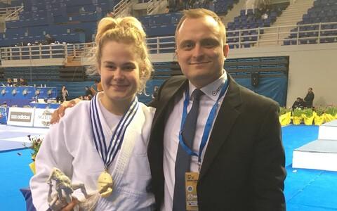 Annika Karilaid ja tema treener Glen Viks.