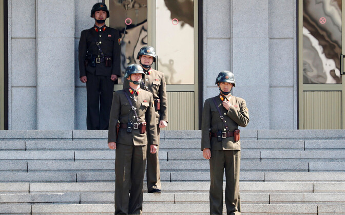 Põhja-Korea sõdurid Panmunjomi rahukülas.