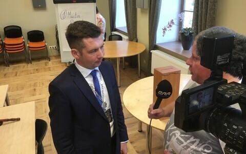 Мартин Репинский продолжает менять состав чиновников.
