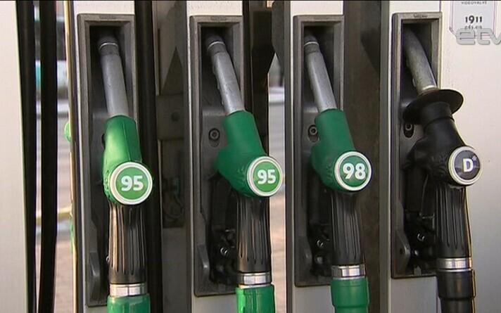 Бензин подорожает из-за биодобавок, многим старым автомобилям придется перейти на Euro 98