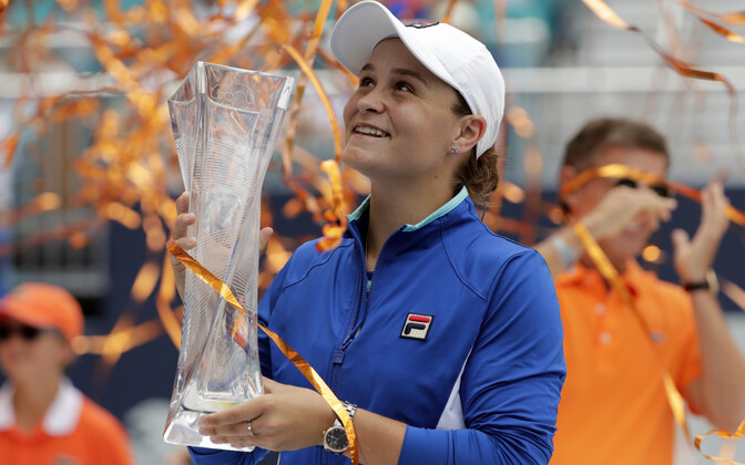 Ashleigh Barty Miami turniiri karikaga