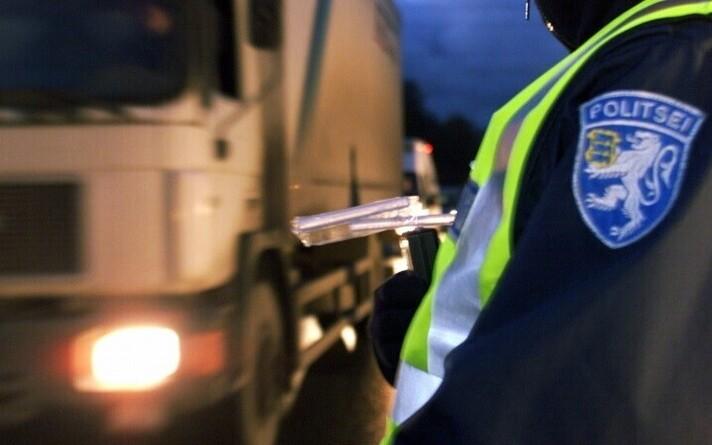 Проверки водителей на трезвость проходят в Эстонии регулярно.