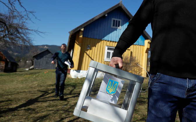 The first round of Ukrainian presidential elections was held on Sunday, 31 March.