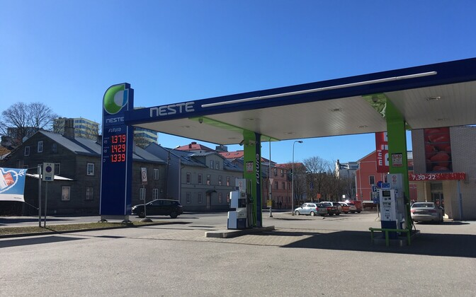 Neste filling station in central Tallinn on 1 April, following price hikes.