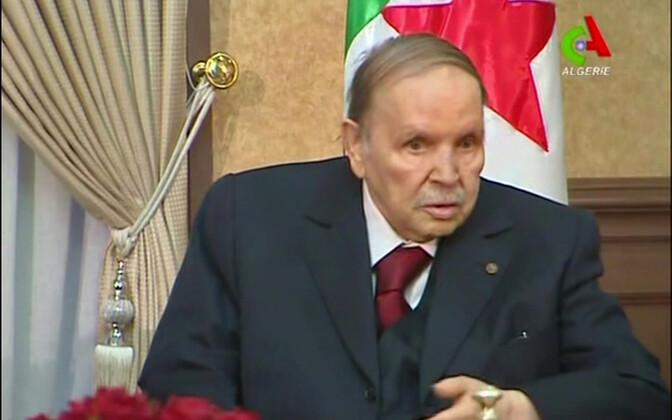 President Bouteflika teleekraanil käesoleva aasta 11. märtsil.