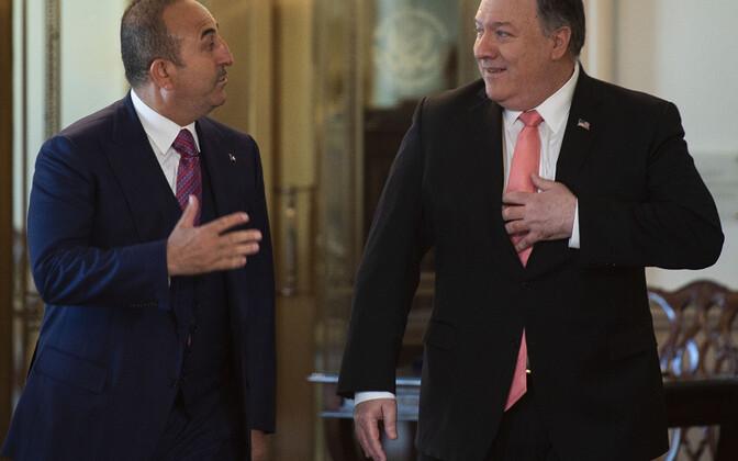Türgi välisminister Mevlut Çavuşoğlu ja USA välisminister Mike Pompeo.