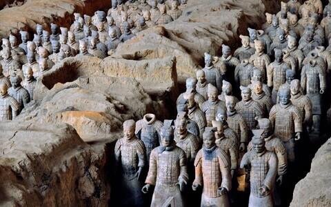 1970. aastatel leiti Hiinast tuhandeid terrakotasõdalasi.