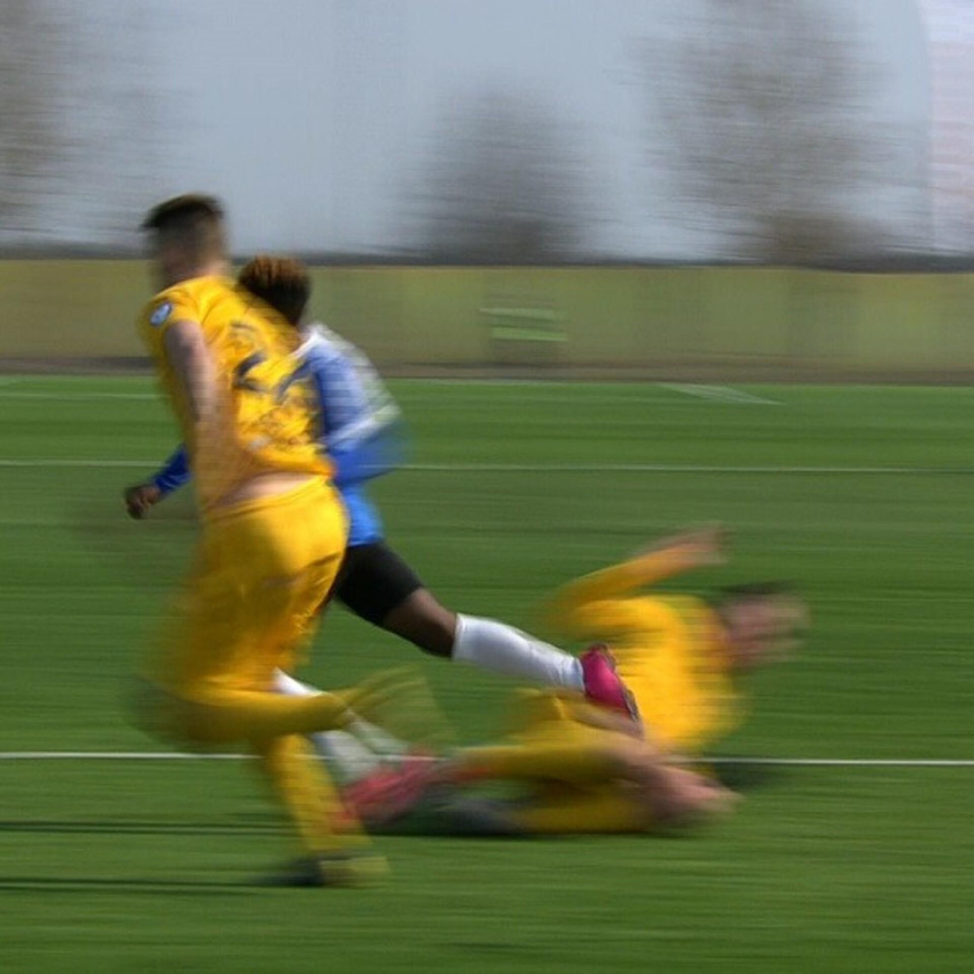 2f93a7063b1 VIDEO | Tallinna Kalevi mängija sai teise kollase vaieldavas olukorras |  Premium liiga | ERR
