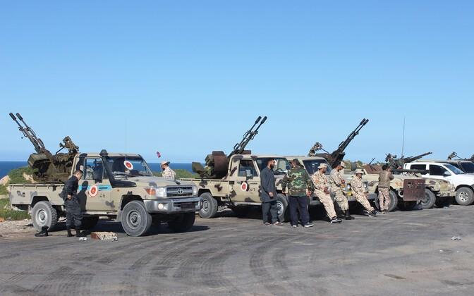 Tripolile lojaalsed võitlejad Liibüas.