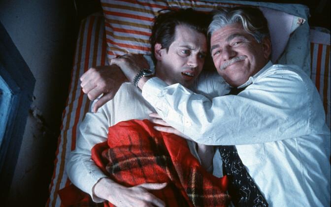 Seymour Cassel koos näitleja Steve Buscemiga filmis