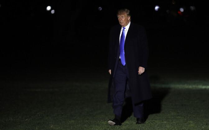 USA president Donald Trump Valge Maja juures.