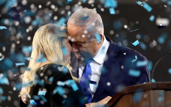 Премьер-министр Израиля Беньямин Нетаньяху с супругой.