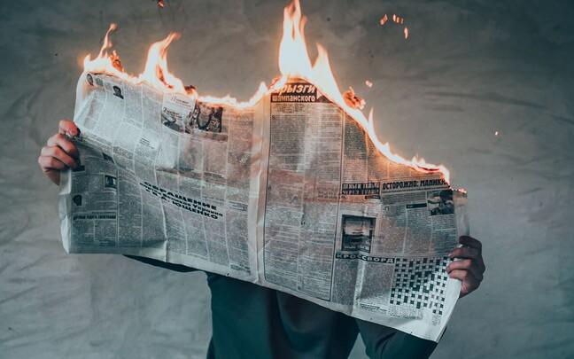 Toimetused võiksid oma ajakirjanike kaitseks toimetuse sees läbi rääkida, millist kriitikat võtta tõsiselt ja millist mitte