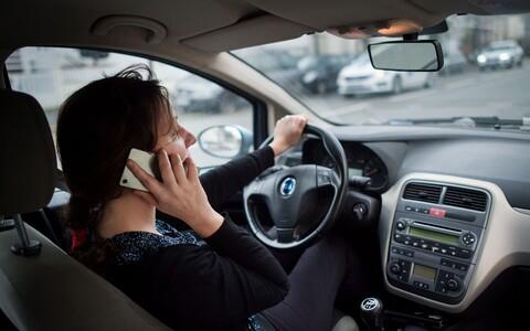 Teadlased soovitavad paigutada telefonisõltlased omaette kategooriasse.
