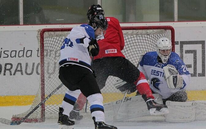 Eesti U-18 jäähokikoondis kaotas MM-i avamängus Leedule.