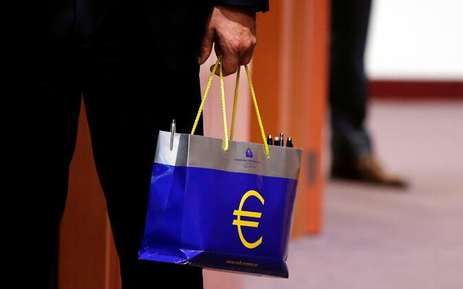 Euro sümboliga kott.