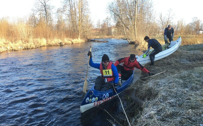 Järvamaa paadi- ja süstamaraton Pärnu jõel.