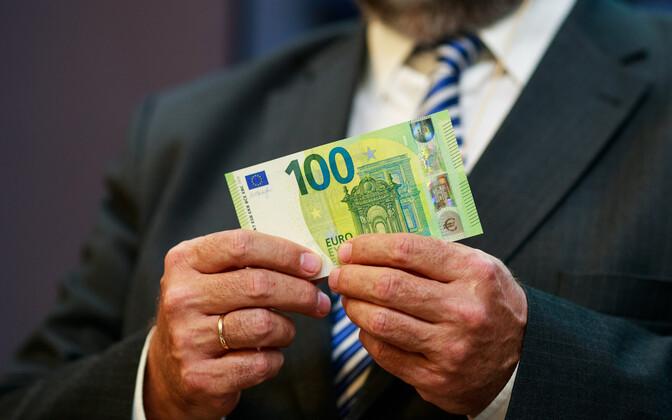 kahe keele oskus lisab palgale juba 175–270 ja kolme keele oskus 200–327 eurot.