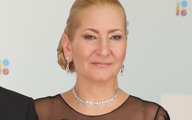 Директор Таллиннской Паэской гимназии Изабелла Рийтсаар стала депутатом.