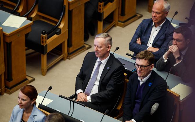 Siim Kallas riigikogus.