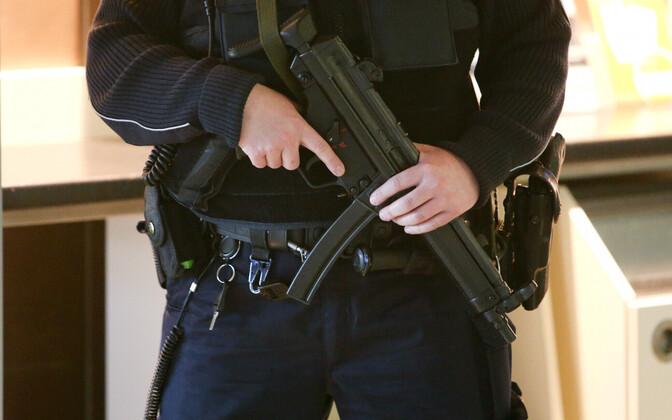 Пистолет-пулемет MP5, архивное фото