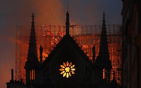 Пожар в соборе Парижской Богоматери вспыхнул вечером 15 апреля.