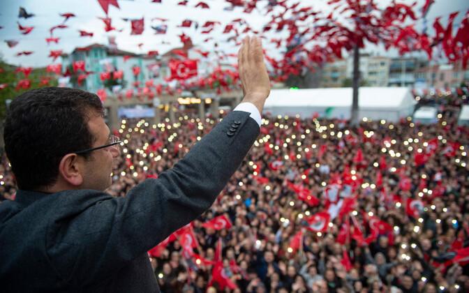 Opositsioonilise CHP linnapeakandidaat Ekrem Imamoglu Istanbulis.
