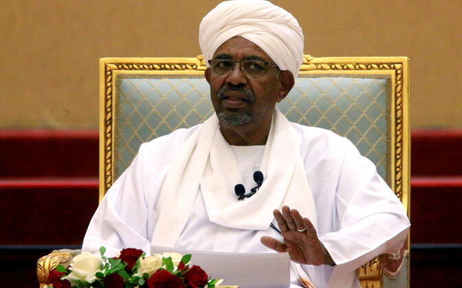 Omar al-Bashir 5. aprillil.
