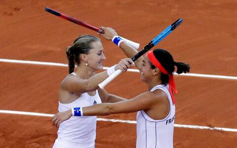 Kristina Mladenovic ja Caroline Garcia