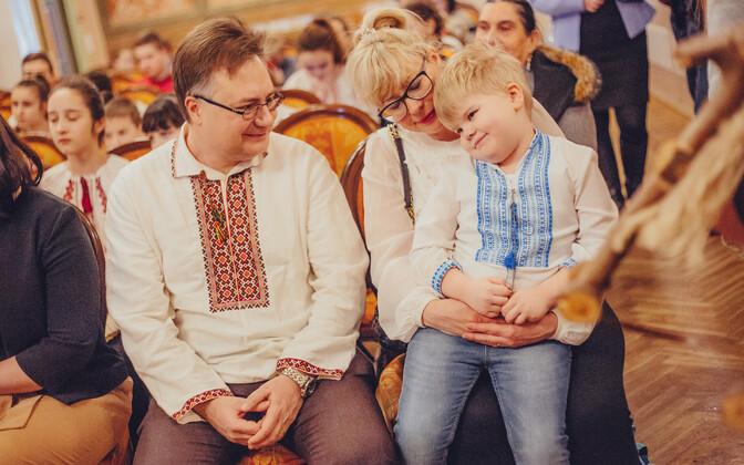 Евген Цыбуленко с семьей.