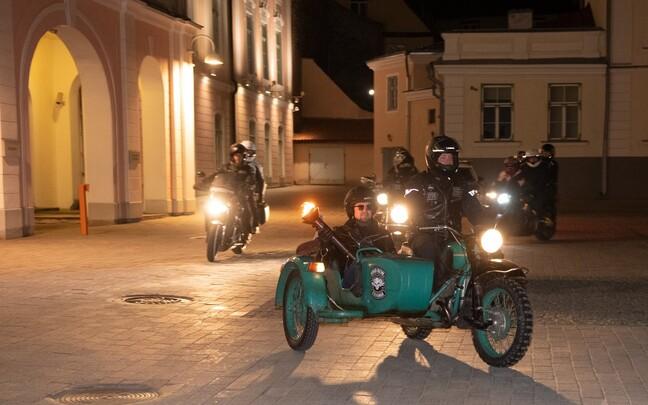 Огонь Юрьевой ночи прибыл из Пайде в Таллинн.