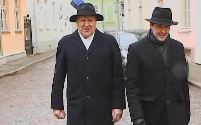 Март и Мартин Хельме.