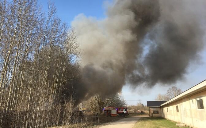 Tulekahju Tartu  lähistel 23. aprillil.