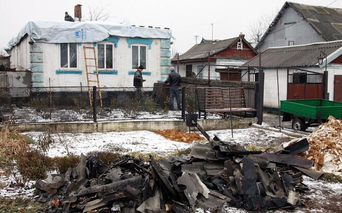 Konfliktis kahjustada saanud maja Donbassis.