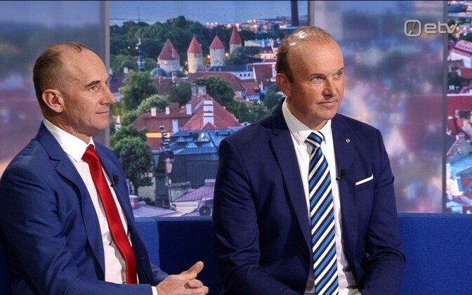 The Sõnajalg brothers, Oleg (left) and Andres, appearing on Thursday's edition of Ringvaade.